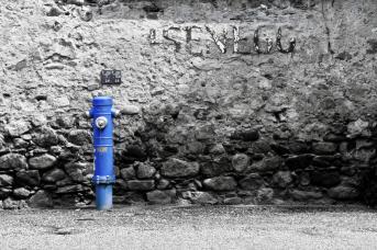 Hydrant in blau