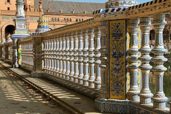 Geländer an der Plaza de Espania