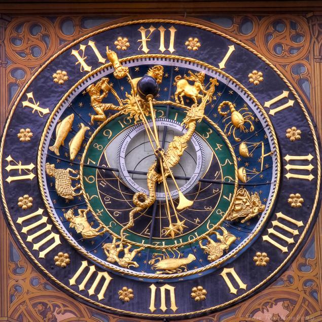 Ulmer Rathaus Uhr
