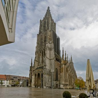 Oktober – 12 MONATE-1 STADT- 2012 – THEMA: Kirche